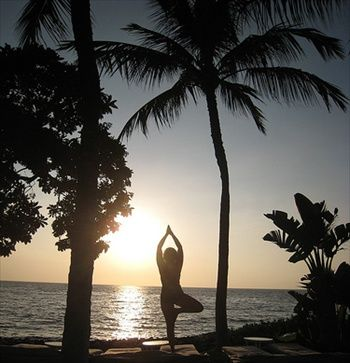 yoga Hawaii vacation...sign me up!