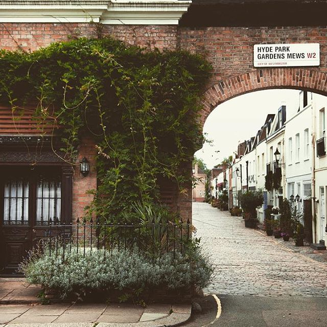 Hyde Park Garden Mews is one of the loveliest little streets in central London. Photo by seapea.photography on Instagram.