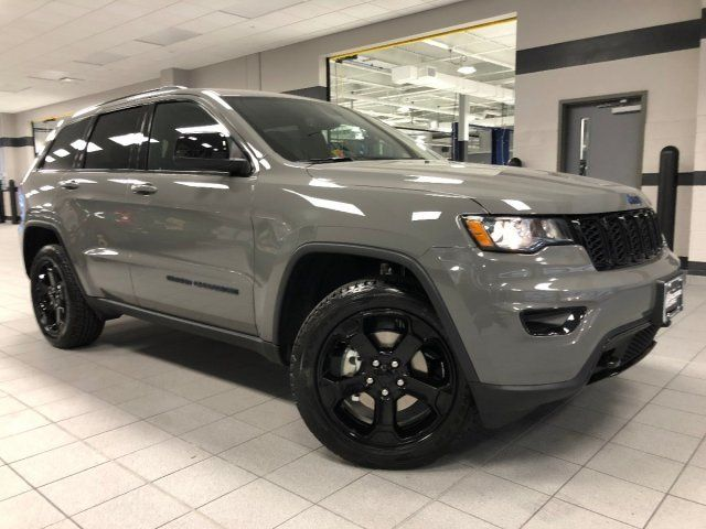 2019 Sting Gray Clearcoat Jeep Grand Cherokee Upland 4x4 4 Door