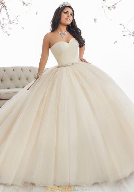 vestidos en color ivory para las quinceañeras debutantes!!, vestidos
