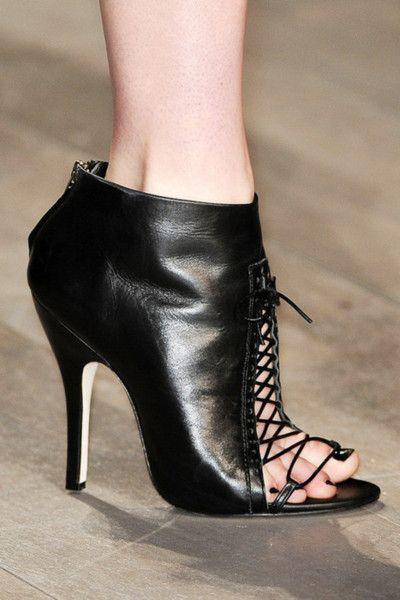 448 Best Thick Legs And High Heels Images On Pinterest
