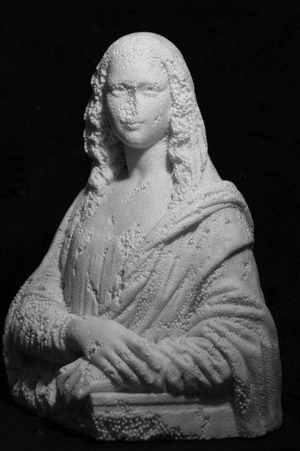 l'italien Fabio Viale réalisera en 2012 un sculpture en polystyrène de la Joconde