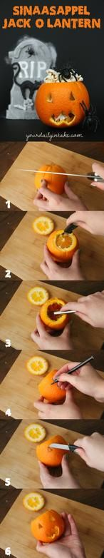 Makkelijk om zelf te maken, sinaasappel jack-o-lanterns! Leuk om popcorn, snoep of fruit in te stoppen. Voor Halloween!