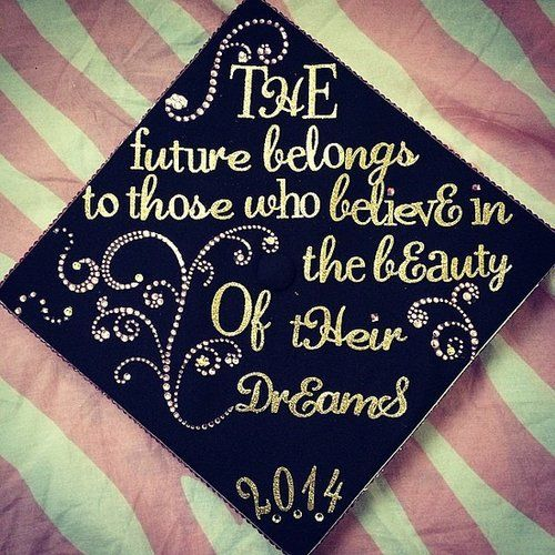 Creative ways to decorate your graduation cap