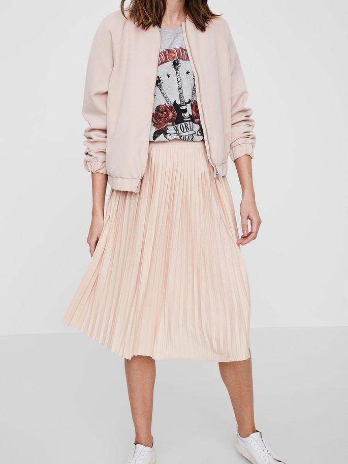 Nederdel vero moda, i enten grå eller rosa (kan ikke bestemme haha), str s, 180 kr