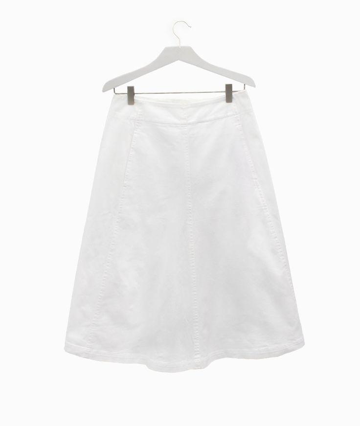 Midi white skirt by Alexander Wang #arropame #conceptstore #bilbao #ss2016 #AlexanderWang #fashion #shoponline #shopping #trendy #style http://arropame.com/coleccion-completa-alexander-wang-ss16/