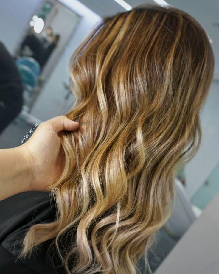 Servicio: Balayage, mechas matizadas con @milkshakehairuk #directcolour en el tono #powder + Corte + Peinado + Olaplex + Tratamiento de #ArganSecret