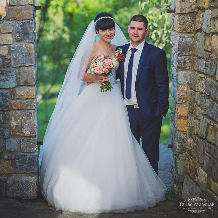 Картинки по запросу классические свадебные фотографии жениха и невесты