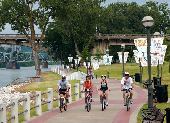 Little Rock: Arkansas River Bike Trail