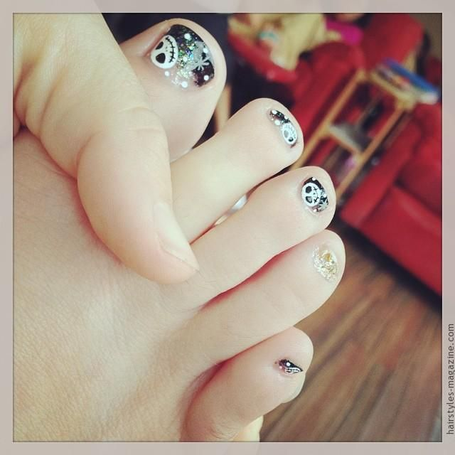 Toe Nail Art Holidays: Best 25+ Halloween Toe Nails Ideas On Pinterest