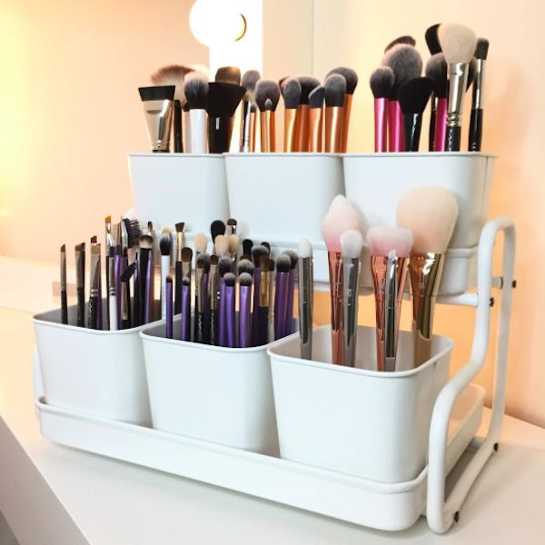 """Your Apartment Is Begging You To Read This #refinery29 http://www.refinery29.com/pinterest-home-decor-inspiration#slide-6 Organize your makeup. Unless you happen to live in a mansion, odds are you aren't working with a ton of bathroom space. Add a roommate to the mix and your storage opportunities really start to dwindle. Thoughtfully organizing and <a href=""""http://www.containerstore.com/s/like-it-brick..."""