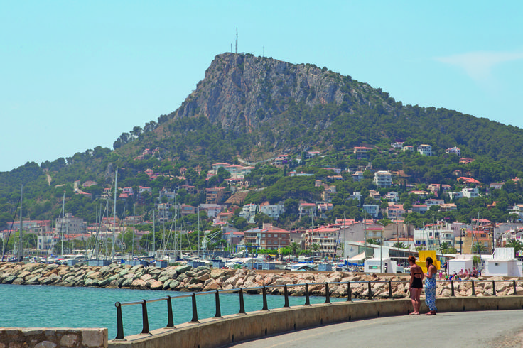 The port at Estartit - perfect for day trips to the Medes Islands. Details: http://www.canvasholidays.co.uk/spain/spain/cb05p/camping-castell-montgri
