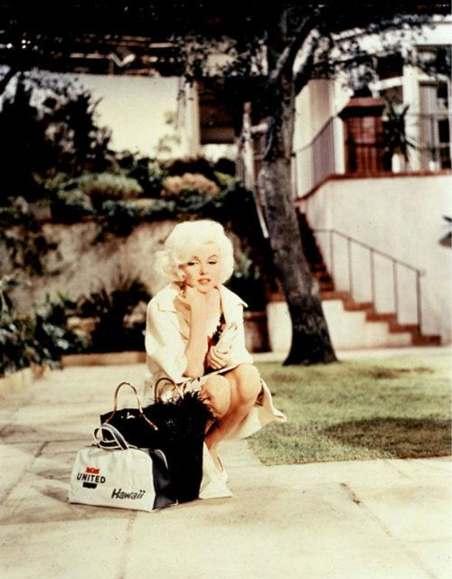 marilyn monroe.. #beauty: Film, Happy Birthday, Marilyn Monroe, People Changing, Norma Jeans, Icons, Beautiful Queen, Marylyn Monroe, Role Models