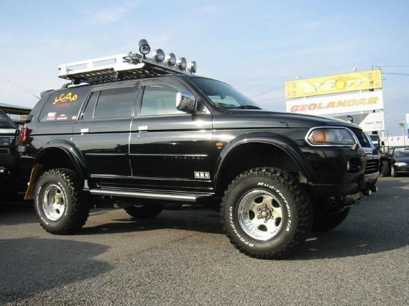 hokoron 2000 Mitsubishi Montero Sport 3914320007_large
