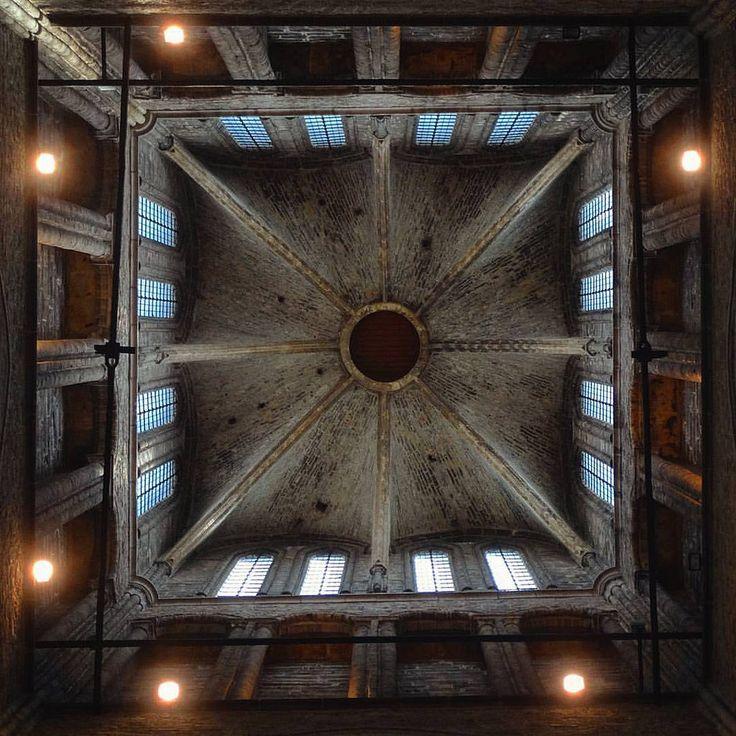 https://flic.kr/p/KQjLHA | #Relivingthemoments: 104  Geometrical-Perfection!  (#Ghent,#2016)  #Gent,Vlaanderen,#Flanders,#België,#Belgium,#Europe,#Europa,#risefilter,#Vignette,#Daytrip   Made with: #SonyDSCHX300   (BY: #KJVW 2016)   #Beentheredonethat