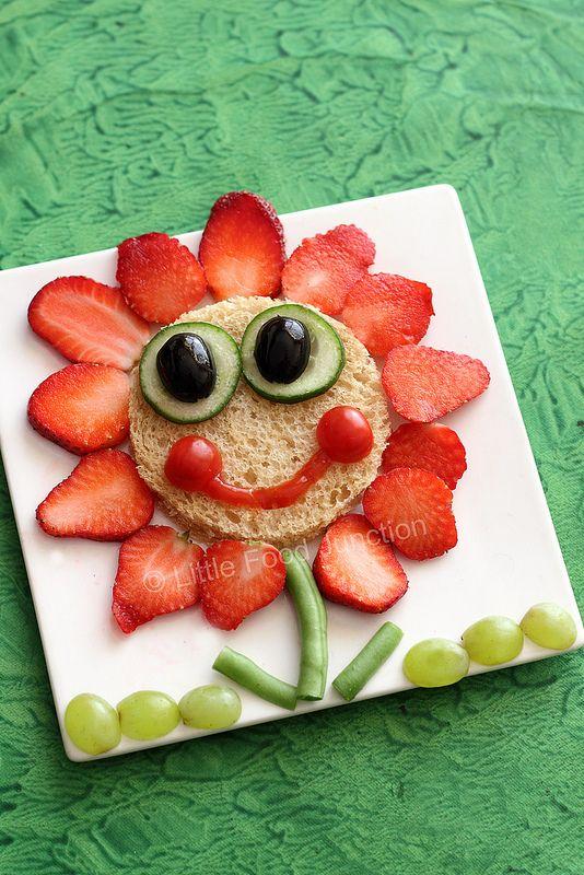 Strawberry flower sandwich