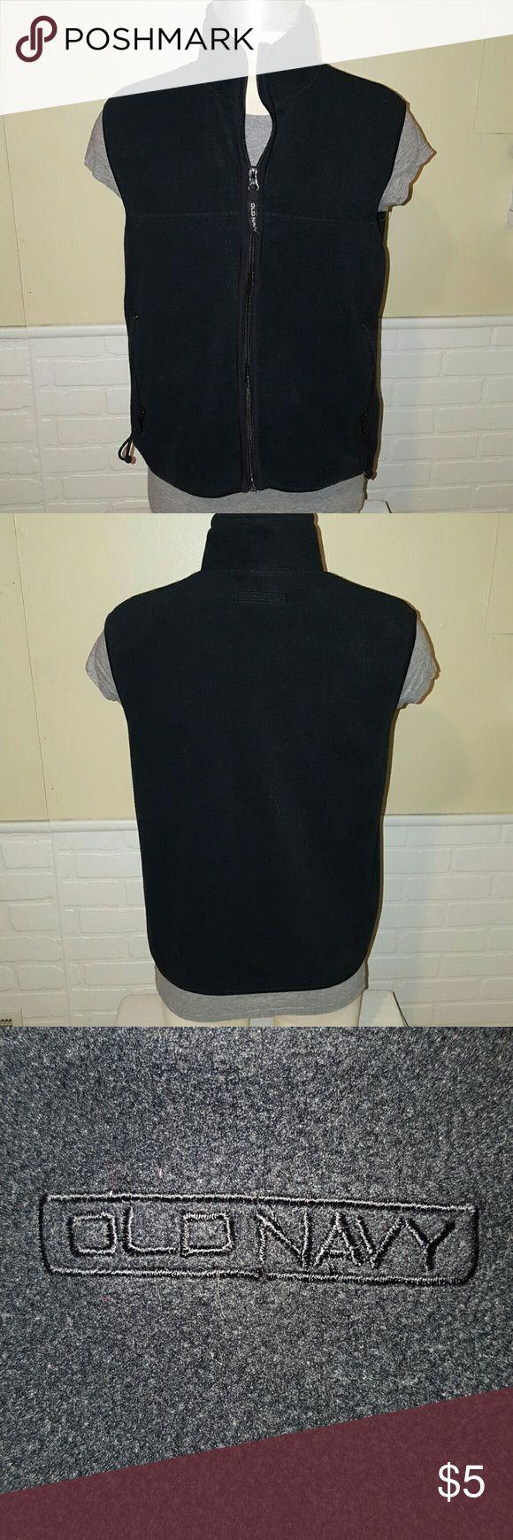 Old Navy vest Old Navy fleece vest. Good condition.  The vest has a mesh lining inside (last picture). Old Navy Jackets & Coats Vests