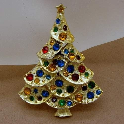 1866 best Christmas Tree Pins images on Pinterest Christmas deco