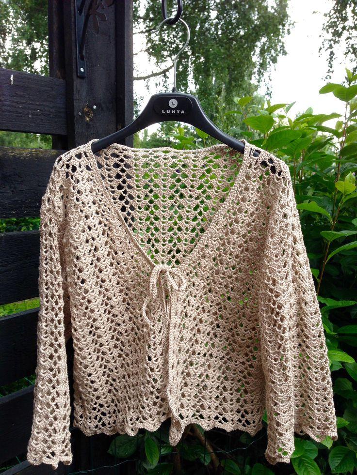 Crochet little jacket, yarn Novita Kotiväki Kartano