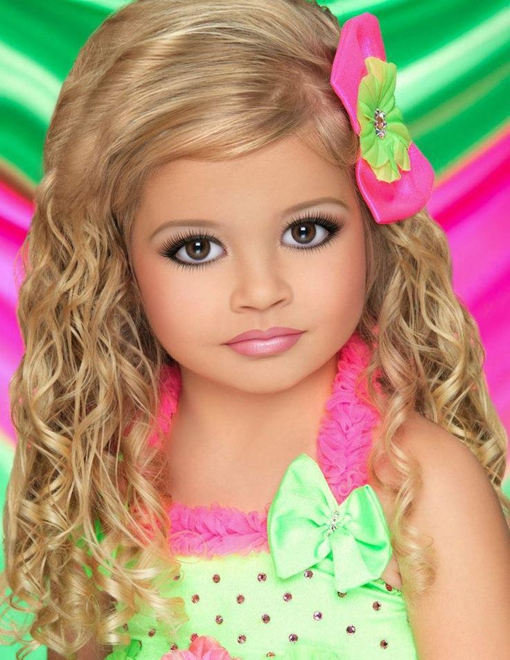 toddlers and tiaras ... her hair is cute though