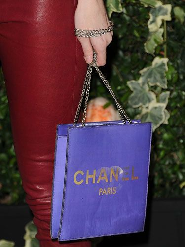 A #Chanel shopping bag from a credit card binge? Not exactly! #LydiaHearst carries this shopper-fashion #satin find.: Chanel Handbags, Hearst Chanel, Chanel Shops, Chanel Dreams, Shops Bags, Cards Bing, Credit Cards, Wacky Bags, Lydiahearst Carrie