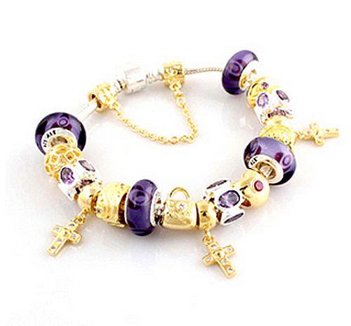 http://www.lovebeadsworld.com/bracelets
