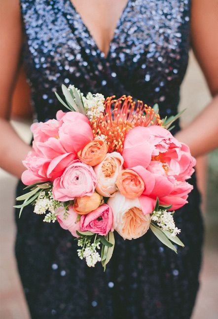 Featured Photographer: Onelove Photography; wedding bouquet