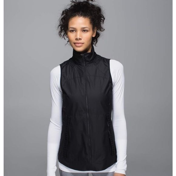 lululemon athletica Jackets & Coats - Lululemon vest jacket