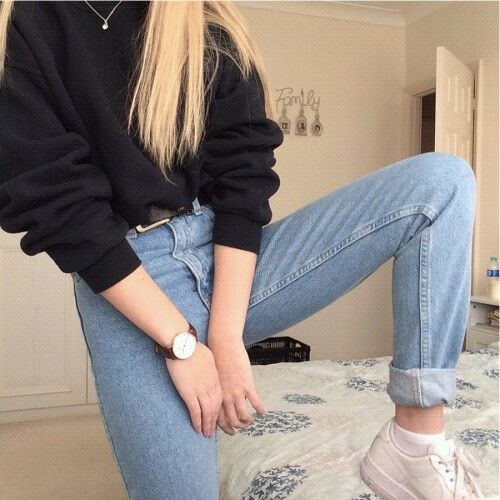 Pinterest: barbphythian || black sweater, mom jeans, white nike shoes, black