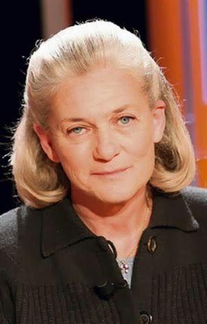 «Η βία δεν είναι μια αρσενική αποκλειστικότητα» δηλώνει μεταξύ άλλων η Elisabeth Badinter | ΜΠΑΜΠΑ ΕΛΑ