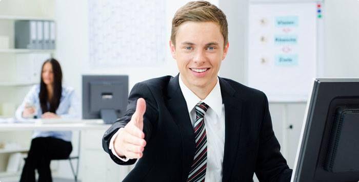 Стабильная российская компания предлагающая услуги по продаже доставке и монтажу фасадных кровельных и отделочных материалов в связи с расширением приглашает Менеджера по продаже (БЕЗ ПОИСКА) Обязанности: - Продажи отделочных материалов (сайдинг кровельные материалы); - Консультация клиентов по телефону (входящие звонки); - Прием и обработка заявок по электронной почте; - Комплектация заказа заключение договоров; - Прием и оформление заказа в 1С; - Выставление счетов контроль оплаты…