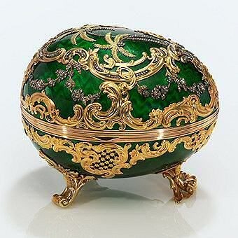 Hack off the legs and make this a mini necklace -- green and gold faberge egg -- Gidget and Riley <3
