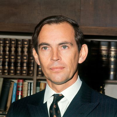 """Christiaan Barnard - Famous for performing the first human-to-human heart transplant in 1967, the South African ended his surgical career in 1983 when RA in his hands made it impossible for him to continue operating. Barnard was first diagnosed with RA in 1956.    An outspoken critic of apartheid, he said he never won the Nobel Prize because he was """"a white South African."""""""