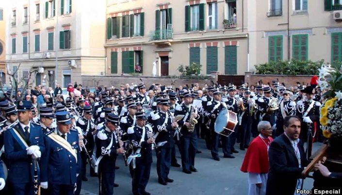 ¿Qué tienen en común la Gendarmería Vaticana y San Miguel de Allende? http://www.portalsma.mx/sma/index.php/noticias/2178-que-es-la-gendarmeria-vaticana #SanMigueldeAllende #SMA #Eventos #Noticias