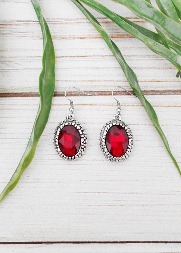 Earrings, deep red <3