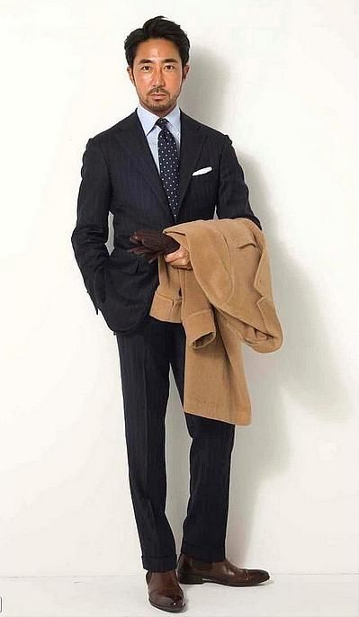 Via suitsareforever: Roped Shoulders and Chelsea Boots