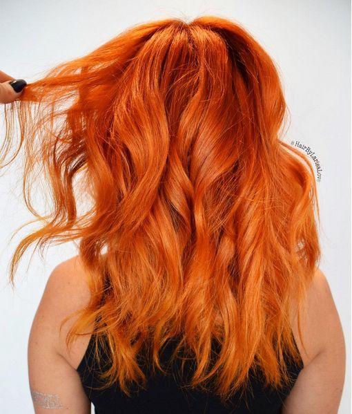 Υπέροχα πορτοκαλί μαλλιά!