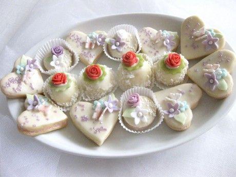 Svatební cukroví - barevné variace