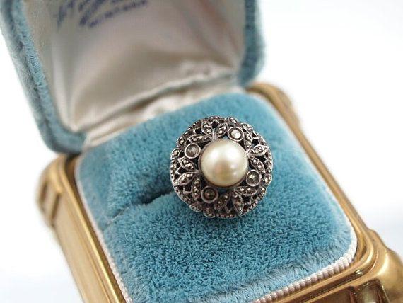 Vintage ring. not so simple, very sweet.