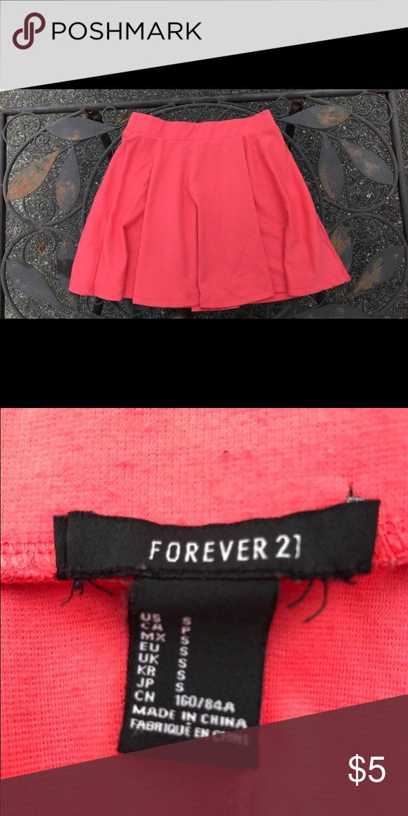 Forever 21 pink skater skirt A knit mini skirt with a skater silhouette and an elasticize waist Forever 21 Skirts Circle & Skater