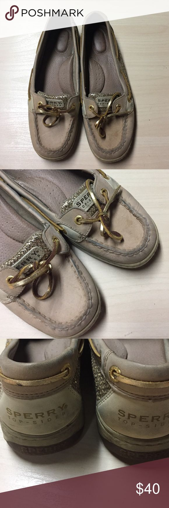 Sperry Boat Shoes - Gold Sparkle - 8.5 Sperry Boat Shoes - Gold Sparkle - 8.5 // gently worn, but need to be cleaned up a bit. Sperry Top-Sider Shoes Flats & Loafers