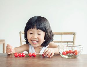 Building math skills is as easy as 1, 2, 3 with these simple tips and games. #Math #Learning