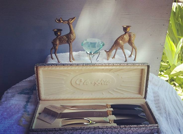 ���� Wedding season is approaching���� the #Bakelite handled #flatware would be a fabulous gift �� and the #brass #deer #candlestick holders would be perfect #weddingdecor go check it ��follow link�� #vintagewedding #weddingdecor #weddinggift #housewarminggift #housewarming #vintageflatware #madeinCanada #glohill #glohillcanada #brassdeer #woodlanders #retro #midcentury #mcm #vintagedecor #vintagekitchen #etsyvintage #etsysellersofinstagram #tinkersnthings…