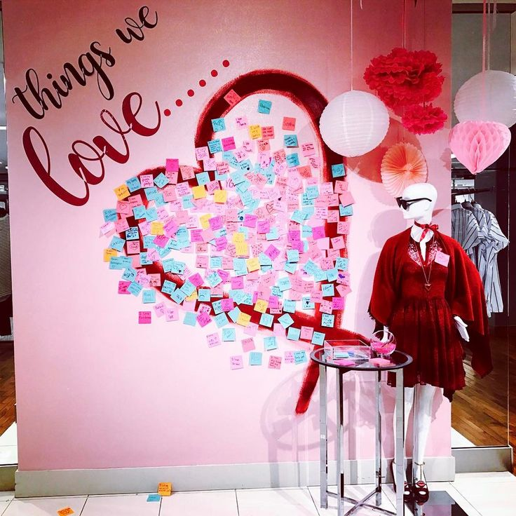 "BLOOMINGDALES, Chestnut Hill, Massachusetts, ""Things we Love....."", photo by Michelle P., pinned by Ton van der Veer"