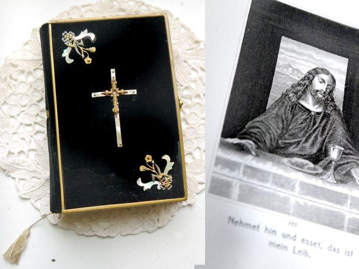 Ein persönlicher Favorit aus meinem Etsy-Shop https://www.etsy.com/de/listing/268596049/deutsch-gebet-buch-bibel-black-velvet