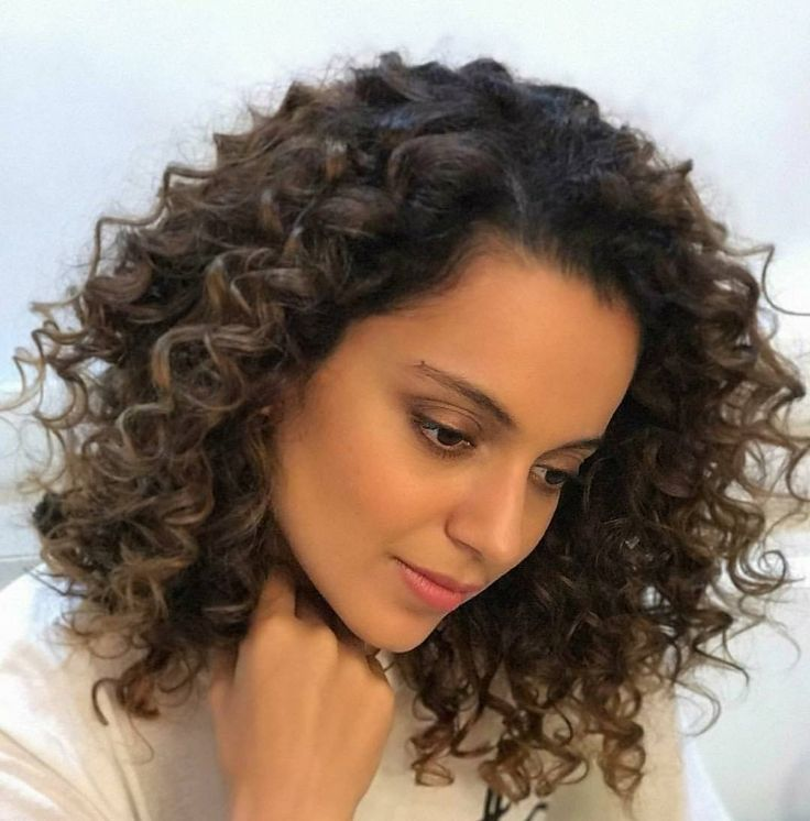 Gorgeous #kanganaranaut .  #kangana #kangy #simran #promotions #actress #bollywood #beautiful #lovely #cute #ootd #sweet #smile #adorable #star #fashion #style #glam #fashiondesigner #fashiondiaries #fashionistadiaries #fashionblog #styleblogger #style #styles #stylediary #bloggerstyle