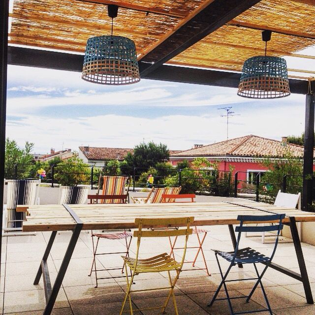 - ROOFTOP -  #terrasse #rooftop #deco #table #couleurs #outside #exterior #madecoamoi #MCMspotted #canisses #fatboy #palettes #lanternes #roseaux #boisflotte #chaiselongue #cactus  #panier #osier #bambou #home #design #montpellier #archi #ambiance #summer #lounge #alombredescanisses #brumisateur #table