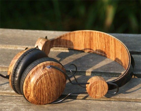 Wooden headphone on-ear