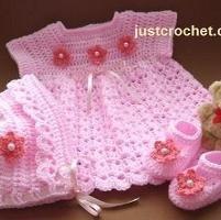 FJC04-3 Piece Set baby crochet pattern - via @Craftsy