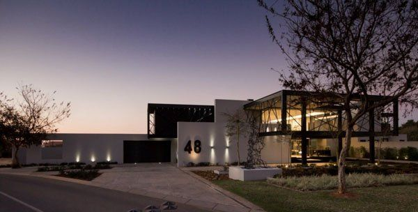 Glass and steel collide in stunning South African property